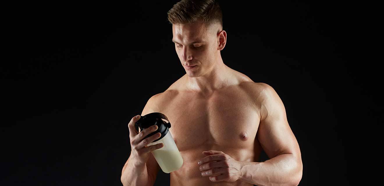 young-man-or-bodybuilder-with-protein-shake-PEXR7EE